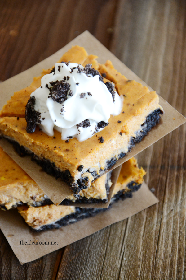 Pumpkin-Oreo-Cheesecake-Bars-4