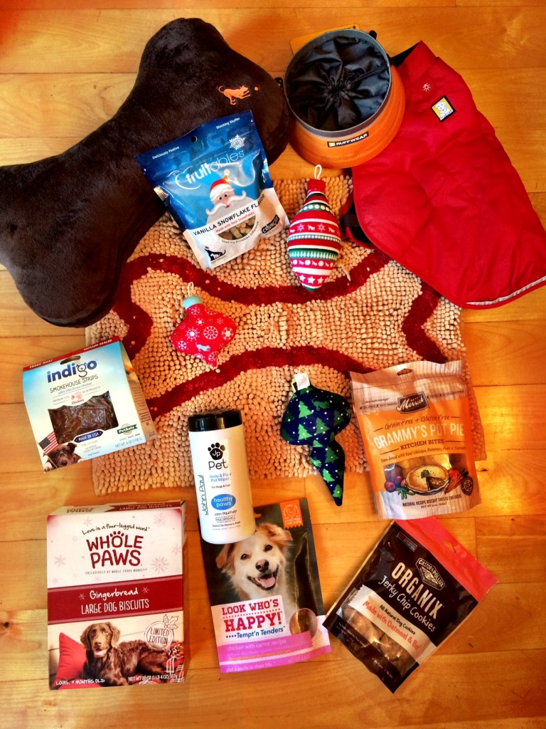 Holiday Gift Guide for Dogs - http://bit.ly/dailykaty