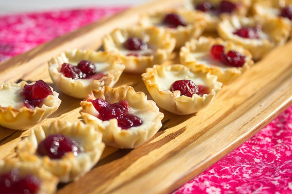Thanksgiving Recipes: Baked Brie Bites