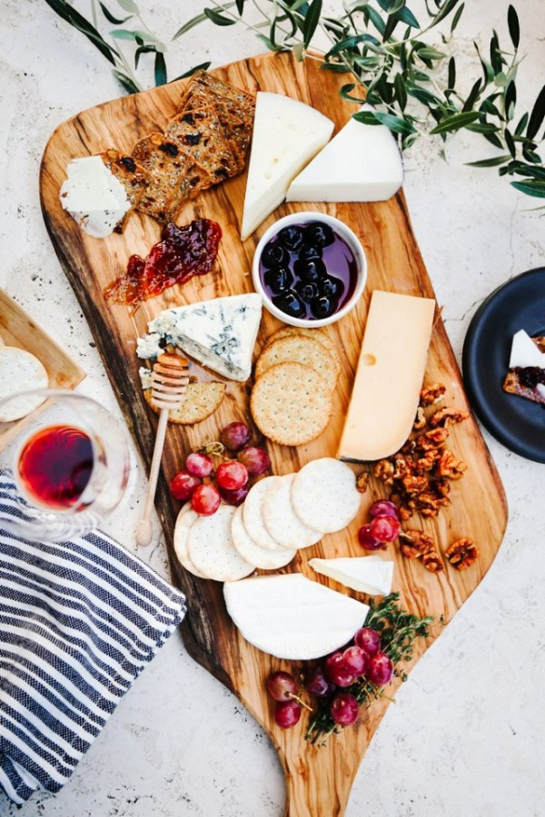 Thanksgiving Menu Ideas: DIY Cheese Platter